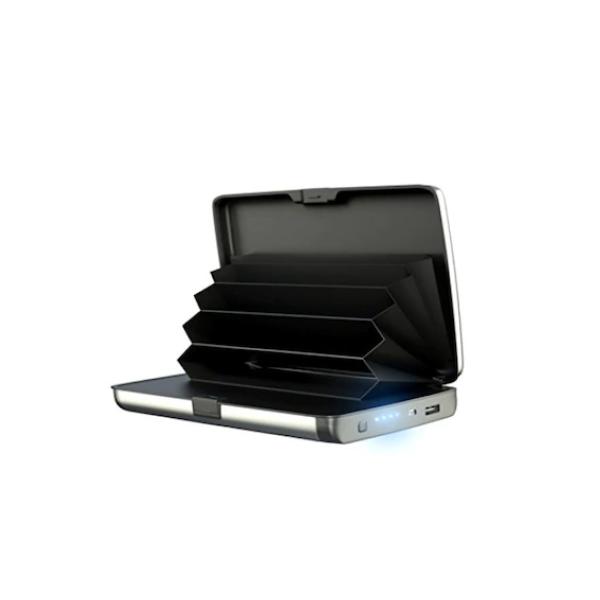 Portofel cu functie de baterie externa si protectie antiscanare carduri